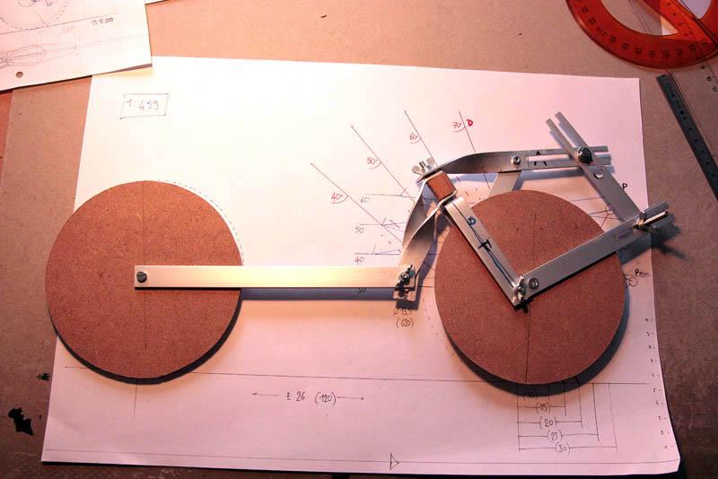 Vélo à double direction avant-arrière (version 2) TD_dummy_s